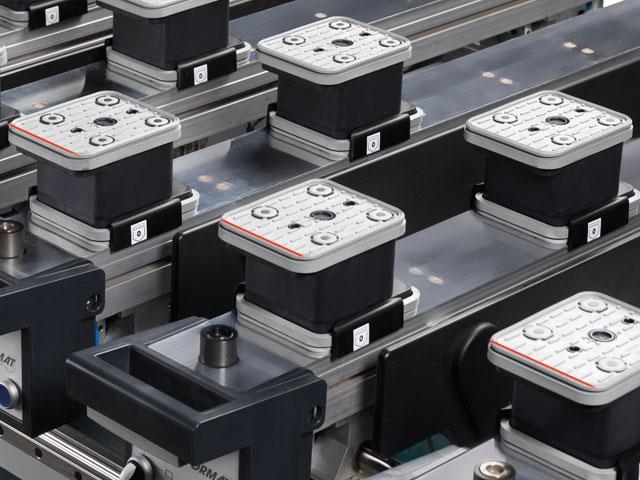 Positionieranzeige der Werkstückauflagen und Vakuumsauger: