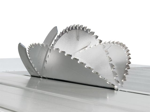 Doppel-Schwenkung des Kreissägeblattes +/-46°