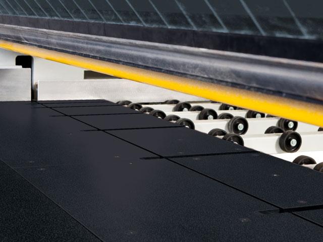 Barra di pressione controllata - massima produttività grazie a cicli di taglio brevissimi