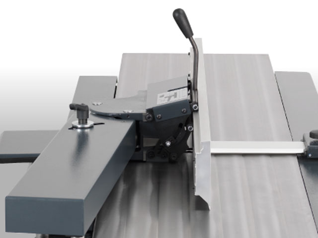 Professional planer fence withparallelogram adjustment