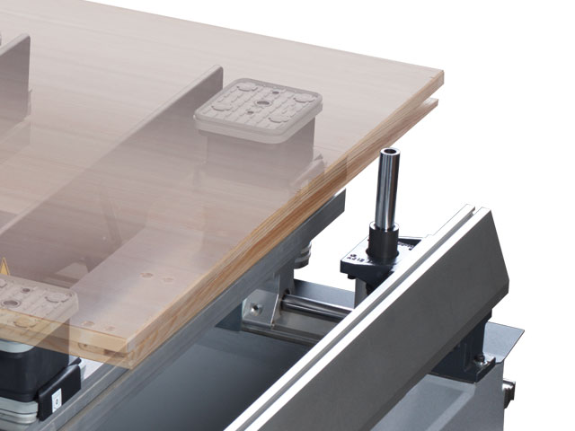 Workpiece feeding rails