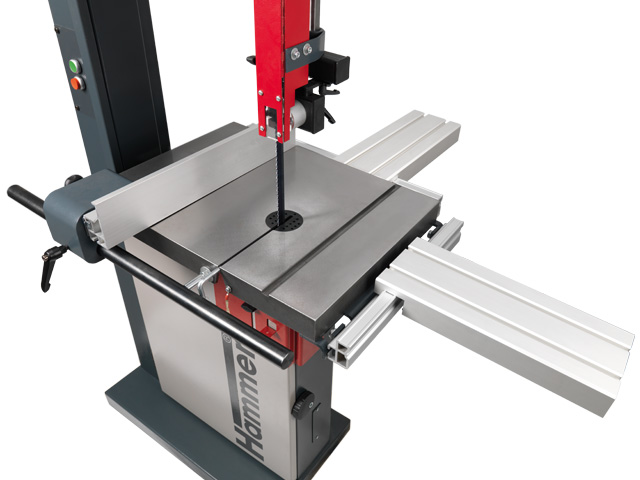 As an option: Adapt the table size to the workpiece dimension