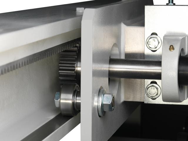 Sistema de medición doble en el deslizador del material