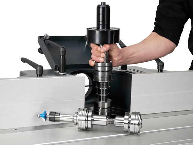 Quick change spindle system